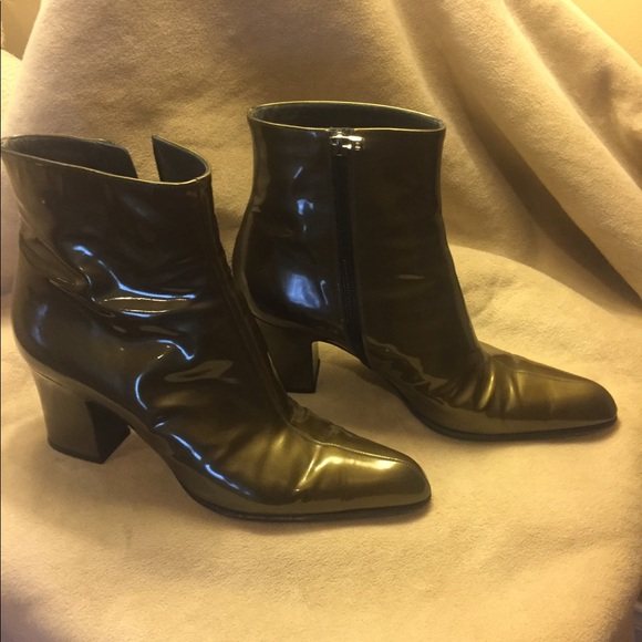 16699f828f9 Olive green BALLY ladies boots.